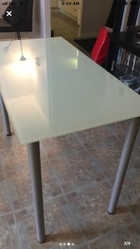 Rectangular small table  Toronto, M6A 2Y3