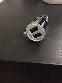 Dual USB car Charger with emergency escape tool