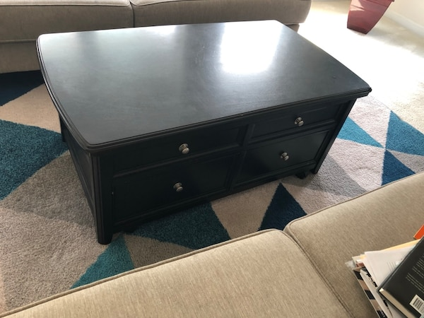 Like new coffee table with storage 0