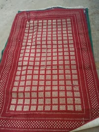 red and black area rug Wenatchee, 98801