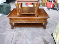 Wooden coffee and end table Las Vegas, 89122