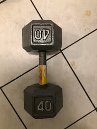 gray 40 lbs fixed weight dumbbell Toronto, M2N
