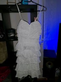 Small white Vanity dress Winnipeg, R3G 2M5