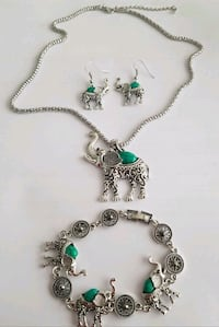 New Beautiful Set of Pendant Necklace, earrings and bracelet for $15 London, N6C 4W2