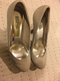 Micheal - Micheal Kors leather pump Englewood, 07631
