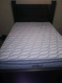 Queen bed and Mattress set Maumelle