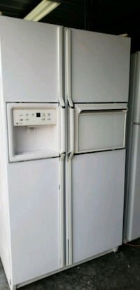 Refrigerator G/E side by side white  Kissimmee, 34741