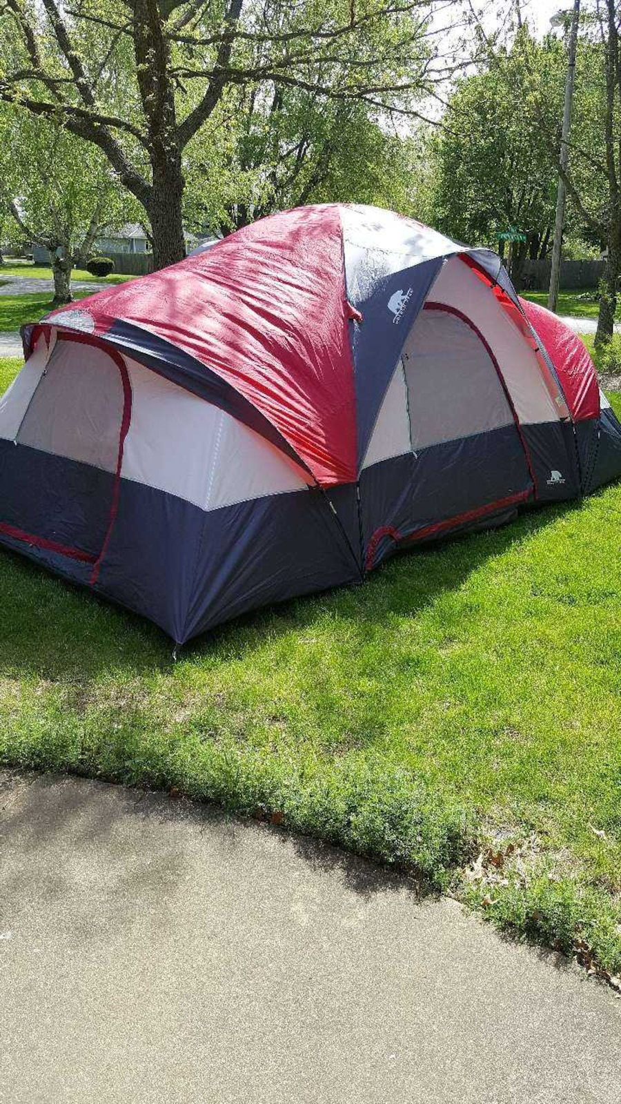 Lot 292 Of 631 Golden Bear 7 8 Person 3 Room Dome Tent Yosemite 18