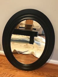 round black wooden framed mirror Chantilly, 20151