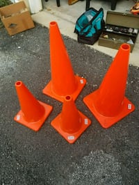 Traffic Cones (2 Big and 2 Small) Fort Meade, 20755