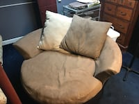 Tan and brown teacup swivel chair Wappingers Falls, 12590