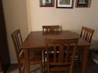 Rectangular brown wooden table with six chairs dining set San Antonio, 78249