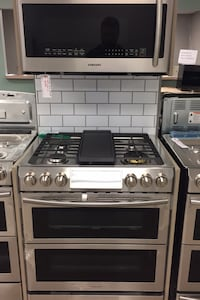 Samsung Dual Fuel Dual Temp Slide In Range with Matching Microwave!