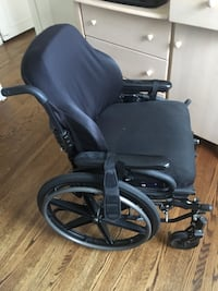 Manual wheelchair for adult