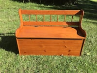 Wood Toy Box / Child Sitting Bench Laurel, 20708