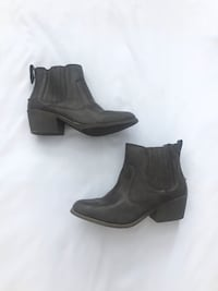 New! Brown Ankle Boots. Size 9 Oxon Hill, 20745