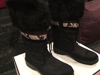 Pair of black-and-white leather sheepskin snow boots with a free gift  Henderson, 89011