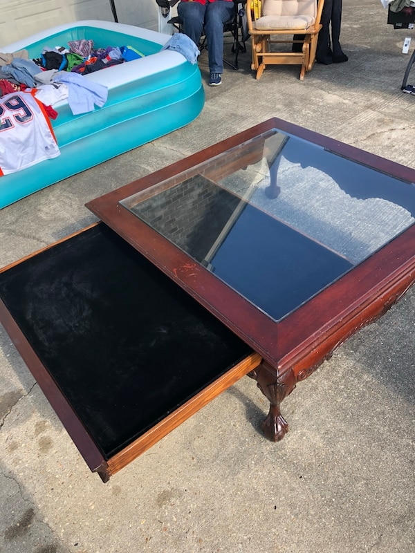 Used Shadow Box Coffee Table For Sale In Prairieville Letgo