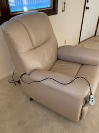 Electric Leather Lift Chair