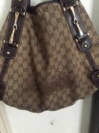 Gucci Braided Tote 34 km