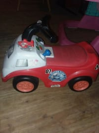 toddler's red and white ride-on toy car Tamaqua, 18252