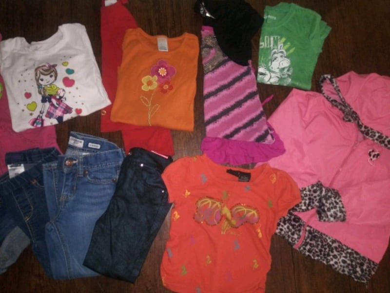 ***GIRL'S 4T-5T CLOTHING (24 PC.) COMBO DEAL!*** 2
