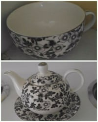 Matching Tea Pot and Mug Decoration Putnam, 06260