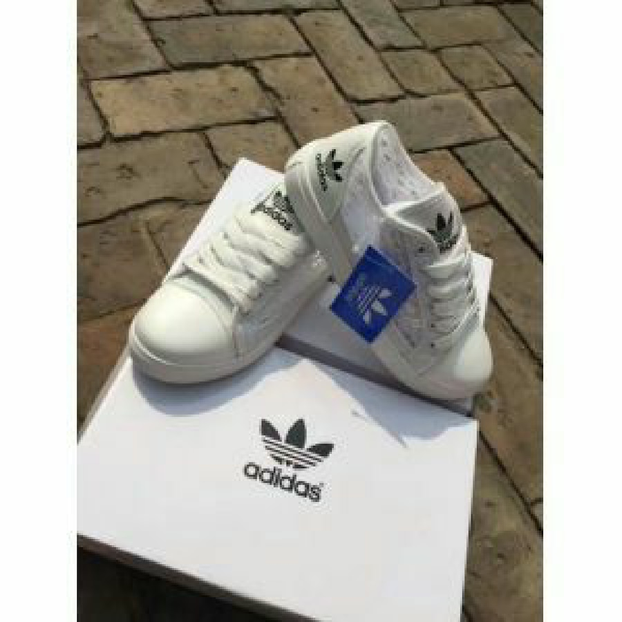 LACE ADIDAS SHOES LIMITIDED - kr399