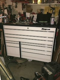snap on tool chest 10 drawer box with stainless steel duraliner coated top with 8 power banks built into top
