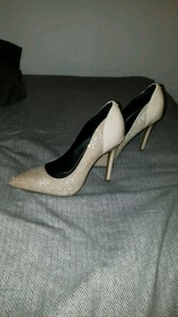 Guess Heels SIZE 7 North York, M3K 2C1