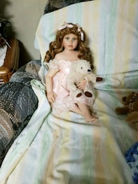 Porcelain collector's doll PG Hagerstown, 21740