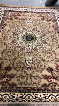 8x11 area Rug new never used very good quality