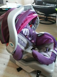 Graco Infant snugride 30 carseat  Innisfil, L9S 1J4