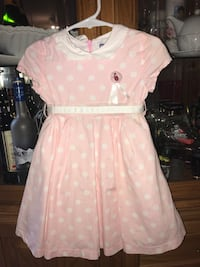 Italian brand Chicco polka dot dress. Size 12-18 months. Pu at Kipling and highway 7 Woodbridge Vaughan, L4L 2K3