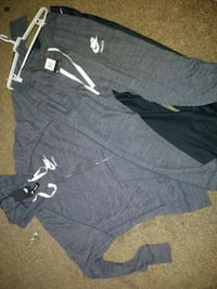 Womens nike outfit pants 1x and jacket 3x Elkhart, 46514
