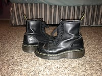 Used Dr. Martens  Bloomington, 92316