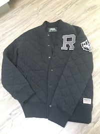 150$-Roots men's varsity quilted jacket size M great on its own or for lawyering like new condition clean smoke free home London, N5W 1C7