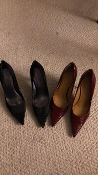 pair of brown leather pointed-toe pumps Toronto, M5M 3A9