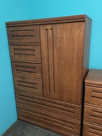 Tall 6 drawer dresser and matching bedside table Port Moody, V3H 4X2