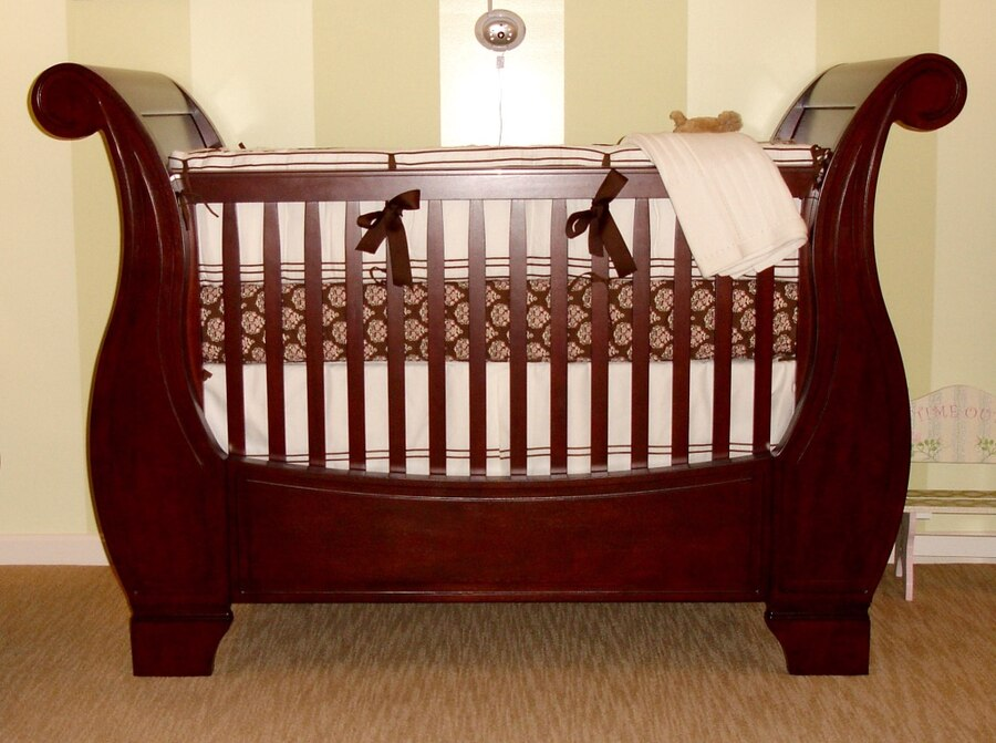 Letgo Pottery Barn Larkin Baby Crib In Ashburn Va