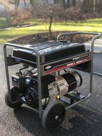 Black and red portable generator 5500/8250 watt generator excellent working condition! Be ready for the next storm Stafford, 22554