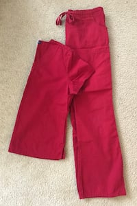 Red scrub outfit size medium Bally, 19503