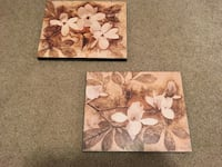 Set of Flowered Wall Plaques 431 mi