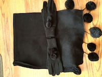 Brand new scarf and gloves Coquitlam, V3J 4B5