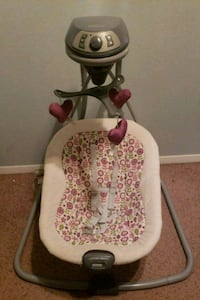Baby swing works great  Sioux Falls, 57104