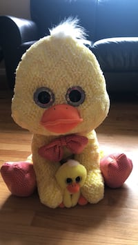 Yellow duck  plush with a baby Livonia, 48154