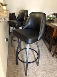 black leather padded rolling chair Knoxville, 37931