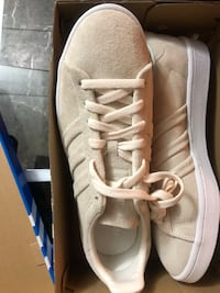Adidas shoe size 10 brand new in box