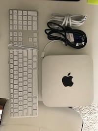 Newest Mac Mini w/ Keyboard, Monitor, and all cords! Phoenix, 85008