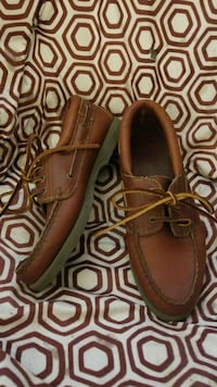 Bass Genuine Leather Boat Shoes sz8 Redding
